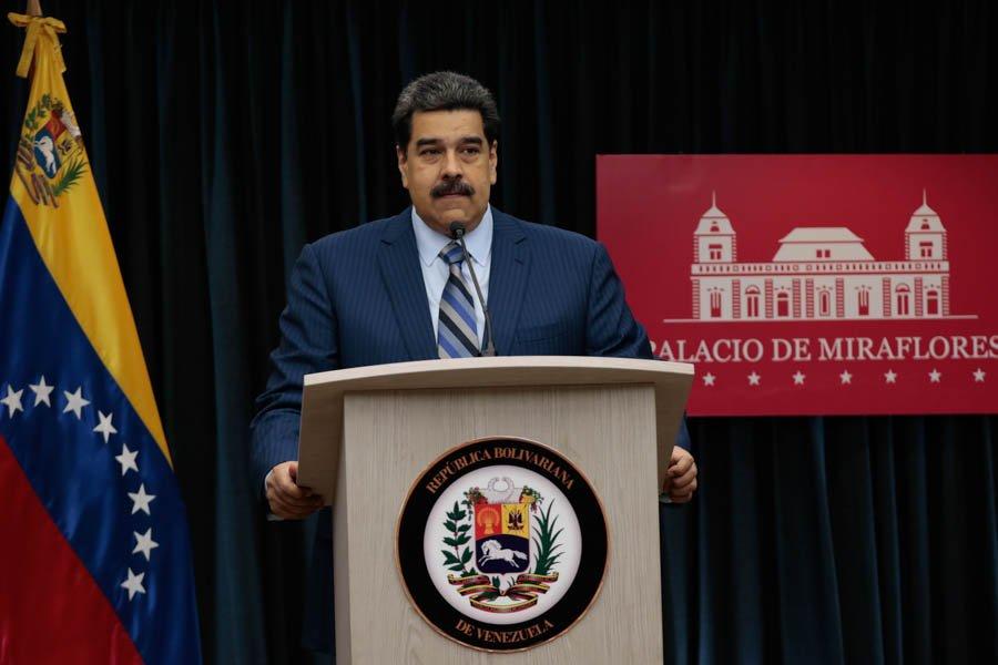 Venezuela invertirá 1000 millones de dólares para elevar la producción petrolera