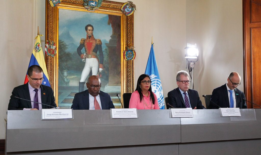 Venezuela firma nuevos acuerdos con UNICEF y la FAO