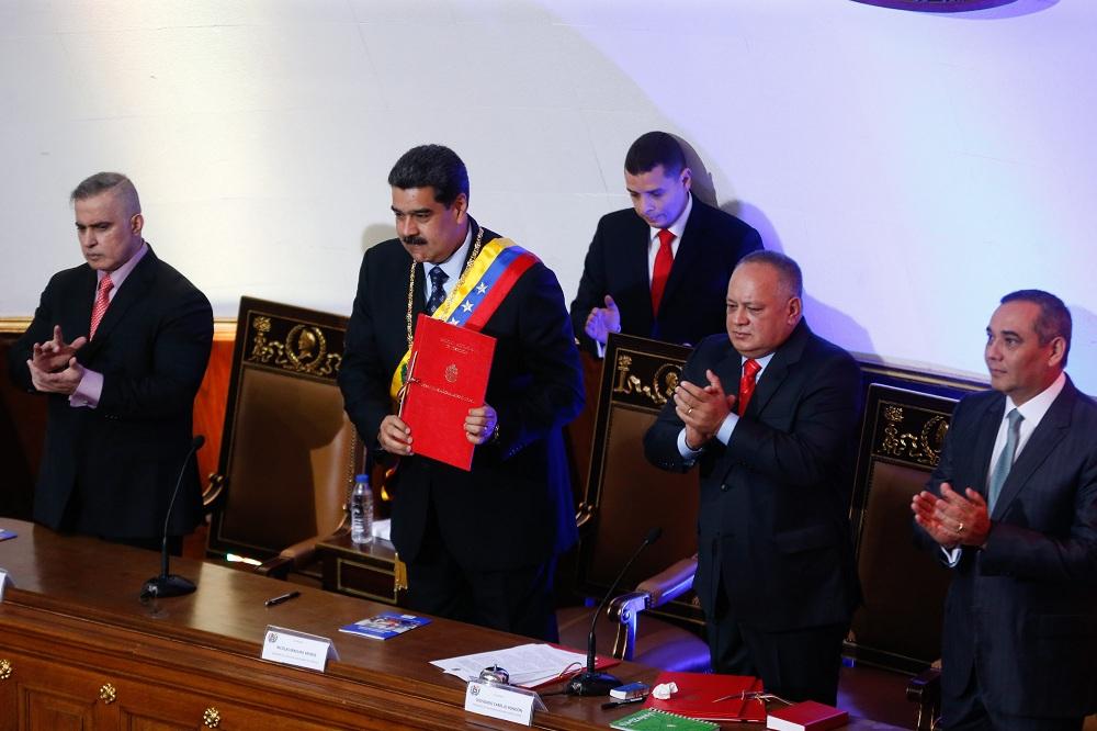 Presidente Nicolás Maduro fija el Petro en 36 mil Bolívares Soberanos y  salario mínimo en 18 mil Bs.S